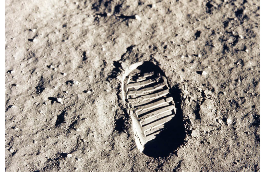 There are fresh footprints on the moon's surface
